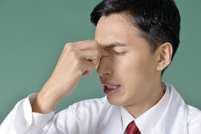 ドライアイの症状と原因・対策・予防法